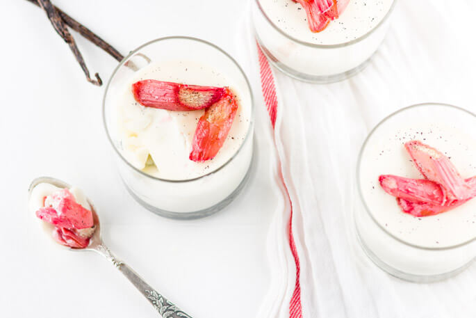 Vanilla panna cotta with roasted rhubarb is an elegant, refreshing, quick & easy dessert. Ideal for summer. Luxurious, remarkable creamy, melt in your mouth panna cotta paired with the sweet and sour roasted rhubarb is a PURE PLEASURE.