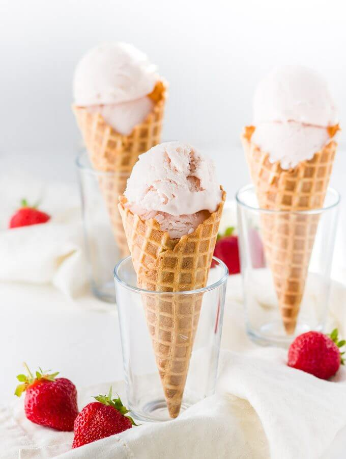 Roasted strawberry and buttermilk ice cream recipe. Delicate aroma of ...