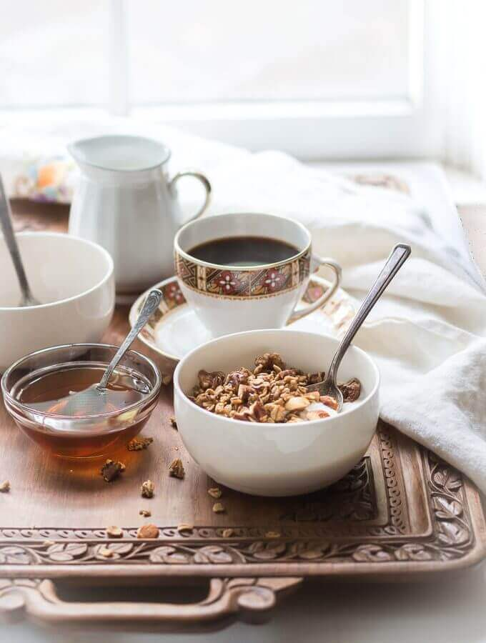 Homemade Coffee Granola with Winter Spices