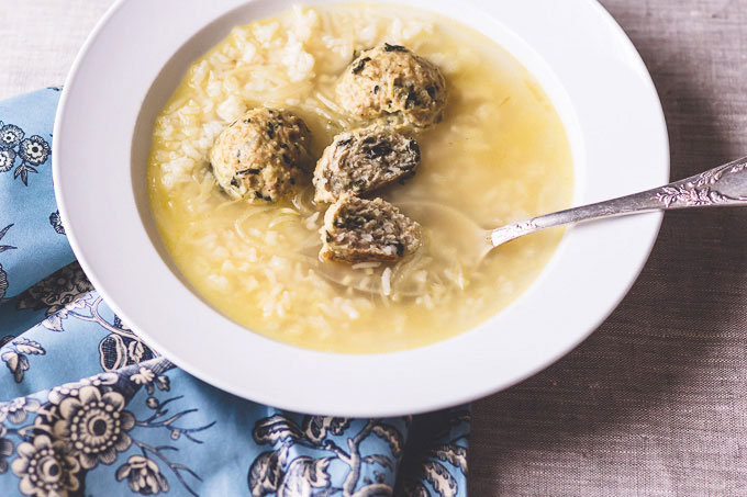 Light and Healthy Chicken meatball soup recipe to warm and soothe your soul during cold winter days. Lemon and oatmeal in this soup adds additional health benefit. Enjoy this aromatic and comfy soup.