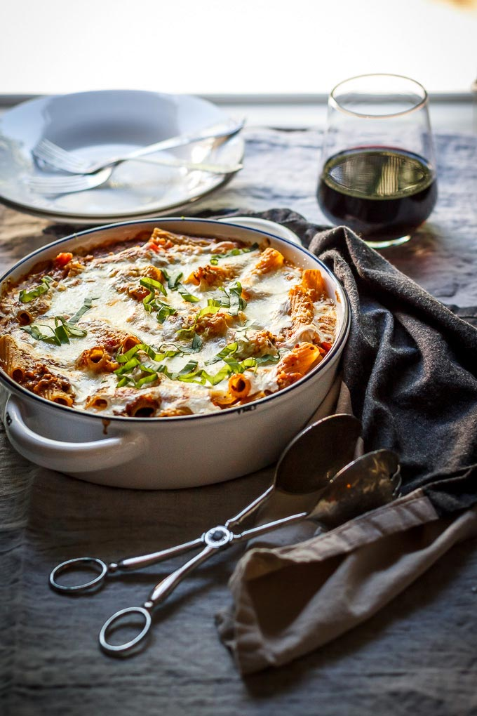 Lighter ground beef and pasta casserole recipe to make on busy weeks. Easy and fast to make, one-pot, comforting meal to satisfy your whole family. As a bonus, this is a lighter casserole to avoid extra needless calories.