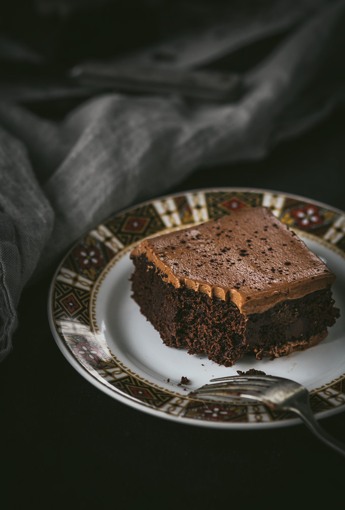 This Dark Chocolate Guinness Brownies recipe is full of flavors, easy to make and perfect dessert for the Irish Feast. Guinness stout beer adds richness and depth of flavor that is hard to resist. I also did my best to make a lighter and healthy-ish version to enjoy these brownies even more. A perfect way to celebrate St Patricks Day and Irish culture. #brownies #chocolate #guinness #dessert