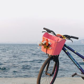 Bike with a flower basket in front of the ocean. This picture is a part of 21 romantic and inspiring things to do in spring. I hope you will find some inspiration in the list to unwind and reenergize after a long winter. The list includes free, fun and inspiring spring things to do. Find some weekend ideas in this post to have the most fantastic time.