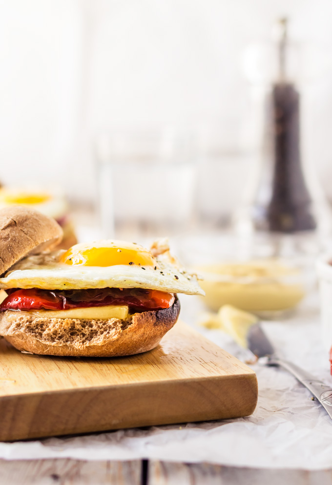 Healthy Breakfast Egg Sandwich With Roasted Peppers